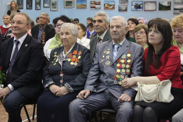 3-DAVYD-GERASIMOVIC-BUDNIKOV-I-ANNA-ALEKSEEVNA-IZBOLDINA.jpg