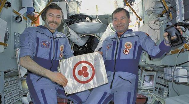 6 Космонавты